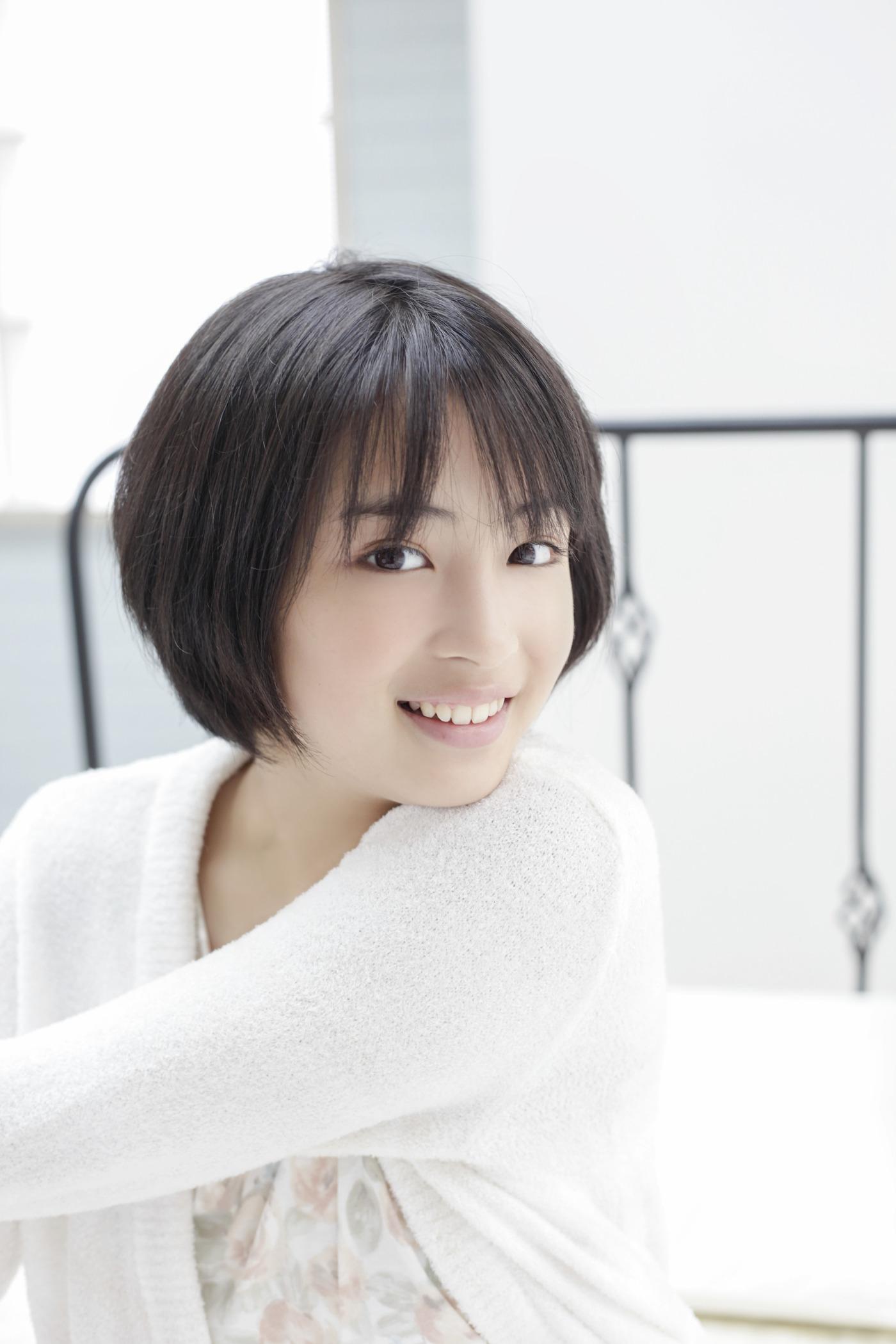 画像 女優 広瀬すず 画像まとめ 110枚以上 水着 壁紙 Naver