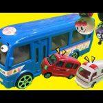 ちびっこギズモのはたらくくるまがいっぱい出る面白い動画 働く車が幼稚園バスで家に帰るよ!働く車が雪にジャンプ!トミカのミニカーやアンパンマンおもちゃ ショベルカー ダンプカーが出る子供向け幼児向け動画